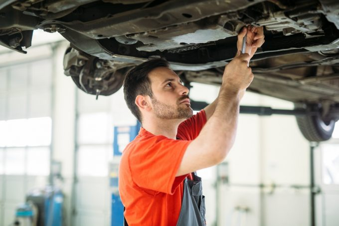 Universal Auto Service & Detailing – Receive 10% Discount – Auto Body & Painting